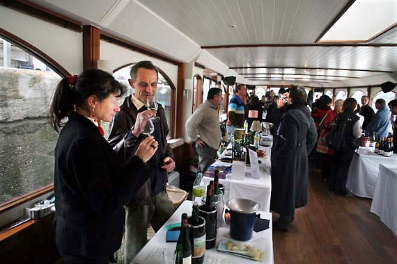 11barge_tasting_frick_table