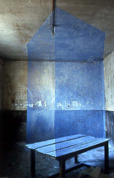 1bercy_art_table_bleue