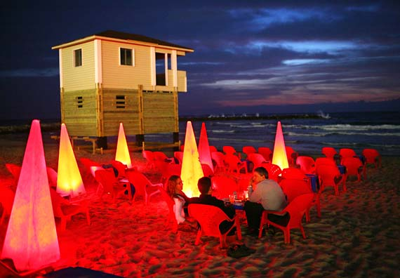 1il_tel_aviv_beach_bar