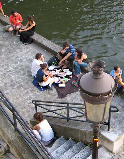 1seine_picnic_lampadaire