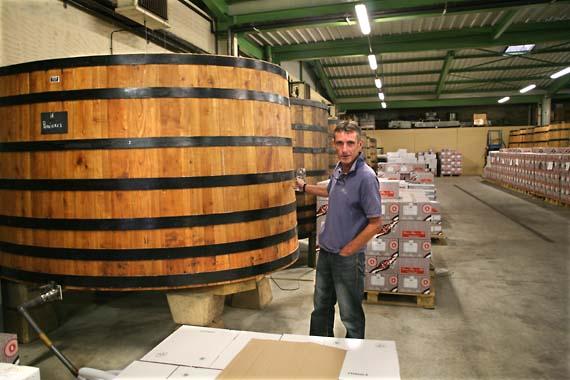 1bize_burgundy_grenier_open-vats