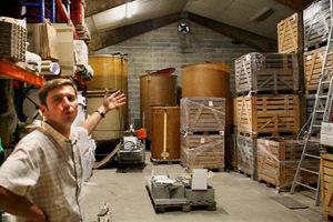 1Damien_Laureau_vatroom_storage