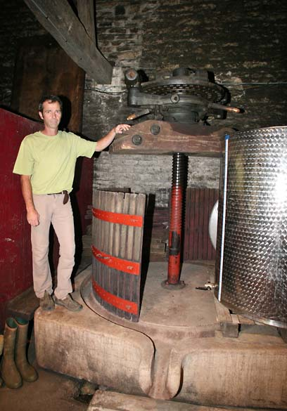 1delorme_cellar_old_stone_press