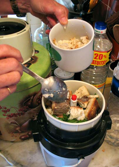 1stuffed_zucchini_grinding