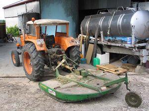 1wn_preys_weeds_tractor