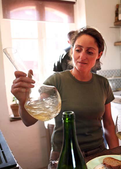 1noella_morantin_carafe_wine