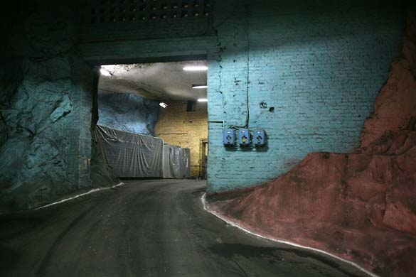1Artyomovsk_lumieres_tunnel_couleurs