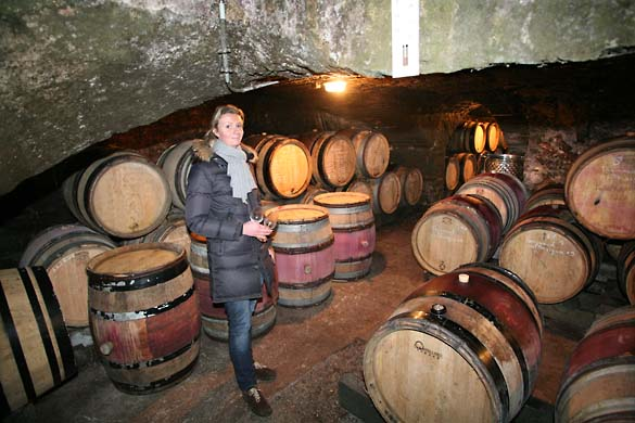 1fanny_sabre_beaune_cellar