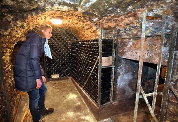 1fanny_sabre_poudriere_cellar