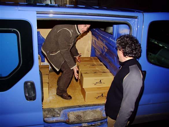 1contretiquette_alexbain_wine_delivery