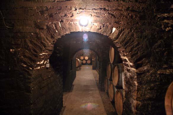 1JM_Roulot_cellar_passage