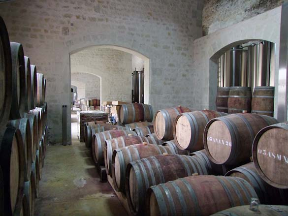 1ampelidae_les_roches_cask_cellar