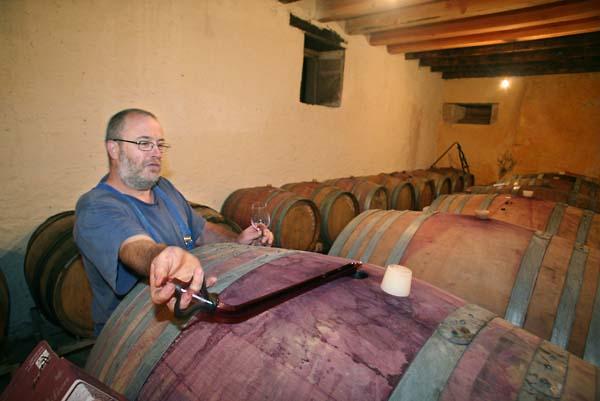 1dard_ribo_winethief_cask