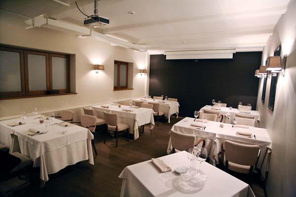 1rosso_bianco_wine_bar-room2