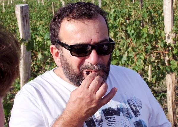 1ivan_karakezidi_tasting_seeds