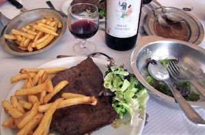 1wine_news_rouge_francais_steal_frites