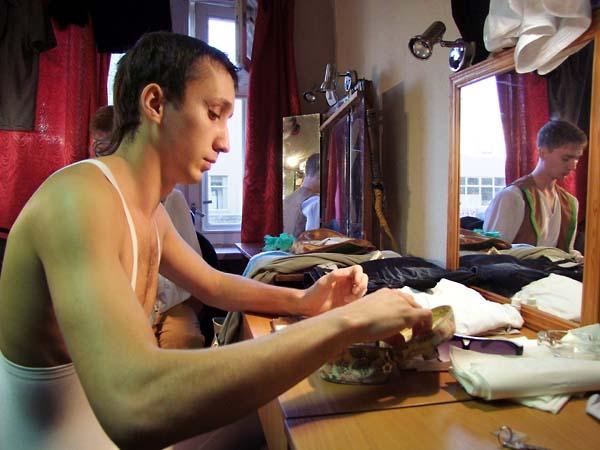 1russia_ballet_makeup_dancers1