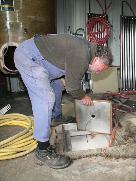 1pepiere_ollivier_underground_fermentation_muscadet