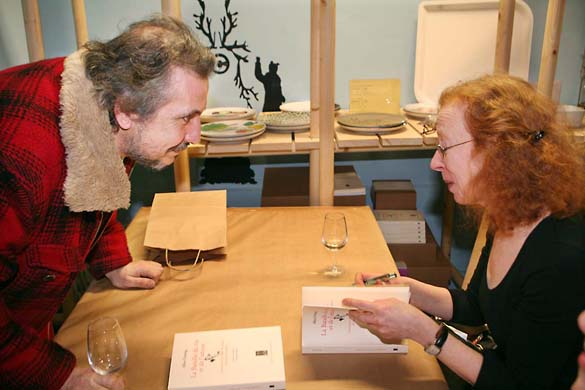 11alice_feiring_signing