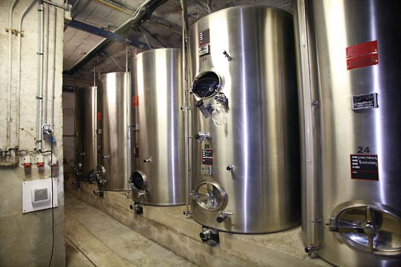 1barmes_buecher_stainless_steel_vats