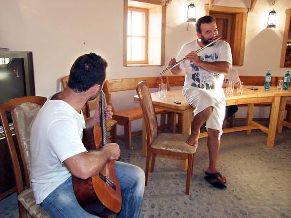 1ivan_karakezidi_musician