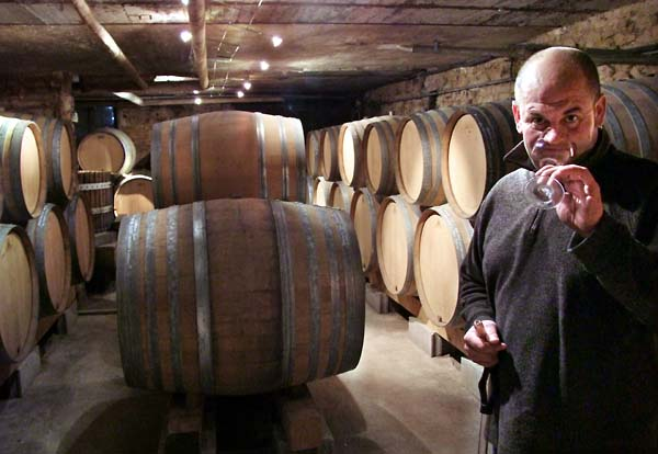1ganevat_jura_cask_room_nose_wine