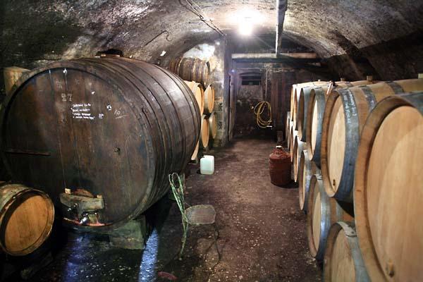1ganevat_jura_underground_cask_cellar