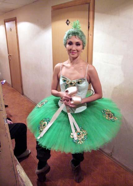 1russia_ballet_NN_ballerine_coulisses