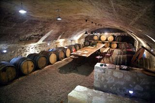 1breton_pierre_tasting_cellar