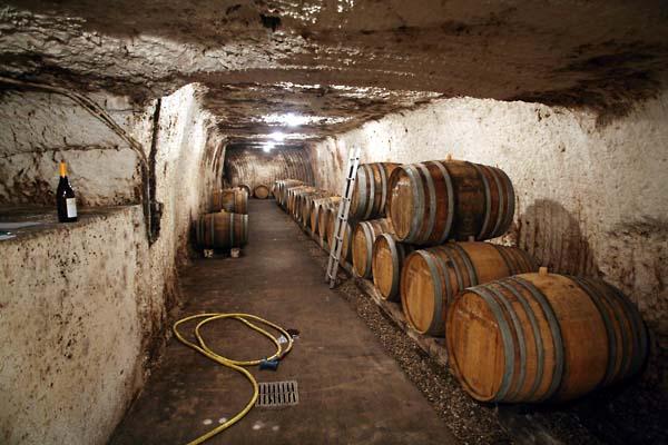 1bertrand_jousset_cellar_tunnel