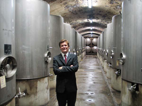 1krug_champagne_wine_vats_cellar