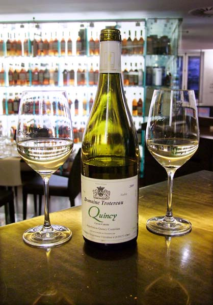 1lavinia_wine_bar_quincy_trotereau2009