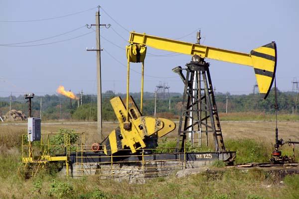 1russia_oil_pit