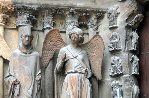 1krug_reims_angel_cathedral