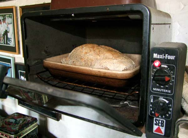 1leaven_bread_organic_oven