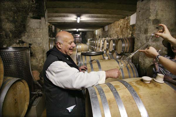 1abbaye_brother_marie_paques_cellar