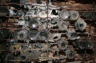 1leventre_dedieu_mould_champagne_cellar