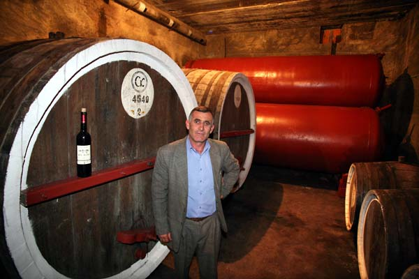 1areni_factory_winemaker_vagan_garapetsian