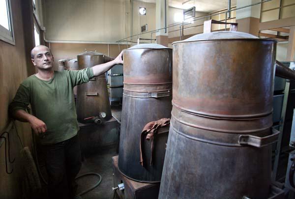 1el_namroud_arak_distillers