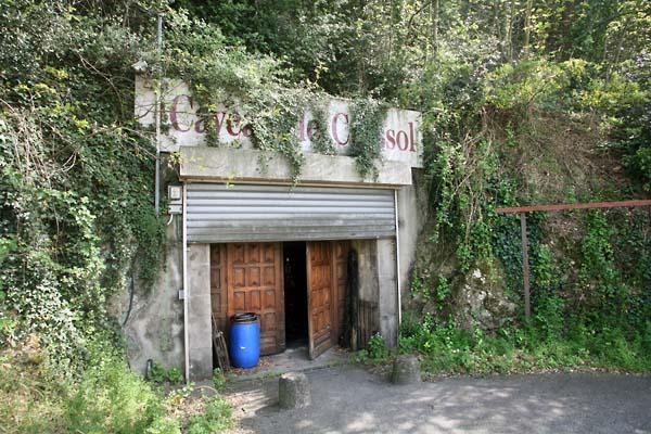 1hirotake_grande_colline_entree_cave