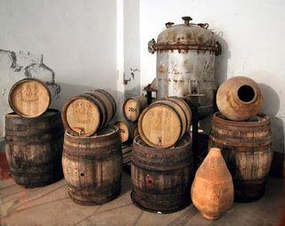 1areni_factory_containers_narodno_karabakh