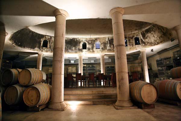 1chateau_golan_cask_cellar