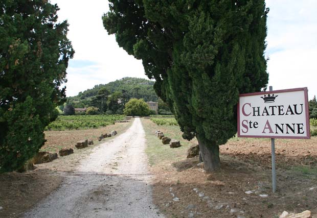1chateau_sainte_anne_bandol_road1