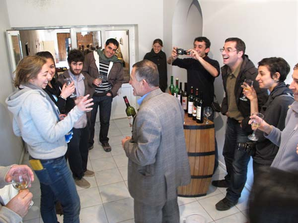 1areni_factory_tasting_the_wines