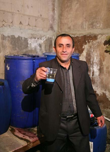 1haigaz_areni_toasting