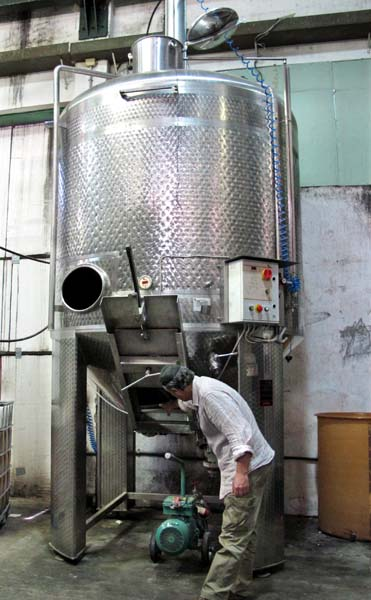 1hevron_heights_long_fermentation_vat