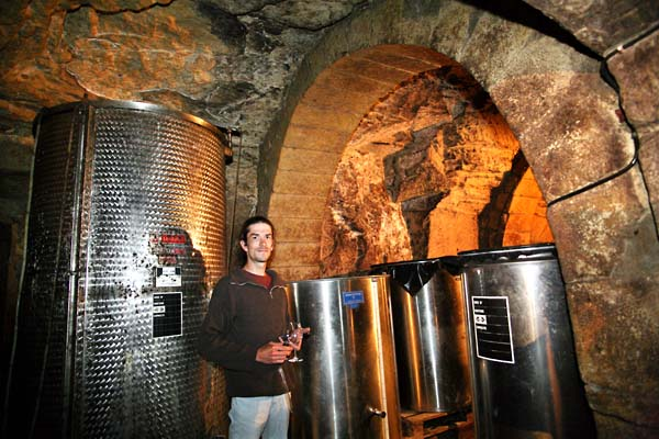 1xavier_caillard_cellar_vault_vatroom