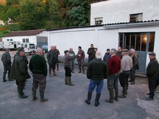 1fox_hunting_dawn_briefing