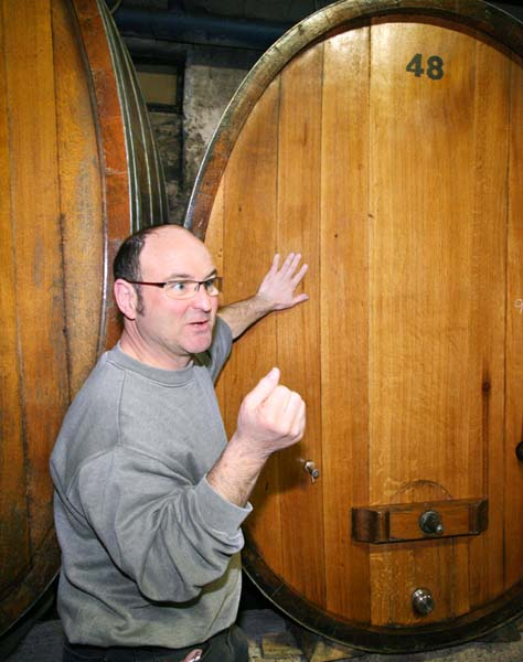 1francois_barmes_in_his_cellar