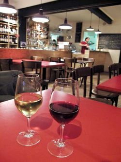 1vinauvert_wine_bar_paris_red_white